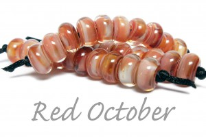 Red_October_Sandra_Arduwie